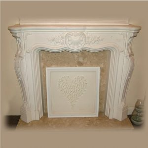LOUIS FIREPLACE - MEDIUM