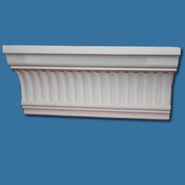 AB42 Large cornice / coving with fluted detail