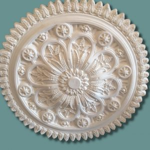 LARGE LEAF SCALLOPED EDGE CEILING CENTRE CC75 780mm