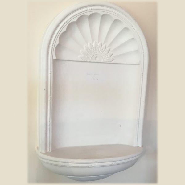 Plain surface niche